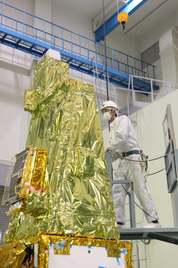 惑星分光観測衛星「SPRINT-A」真空試験の様子(1)
