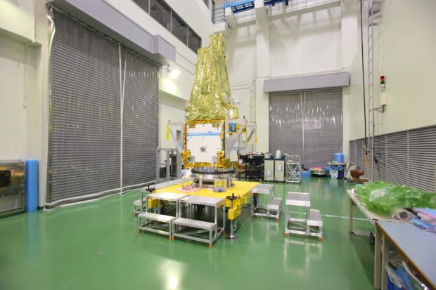 惑星分光観測衛星「SPRINT-A」真空試験の様子(4)