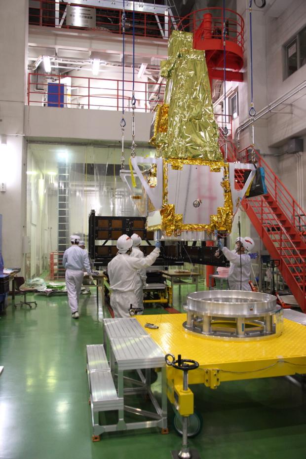 惑星分光観測衛星「SPRINT-A」真空試験の様子(7)