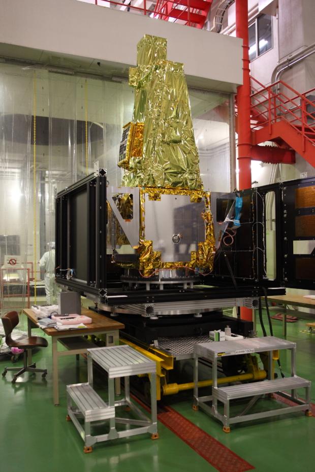 惑星分光観測衛星「SPRINT-A」真空試験の様子(9)